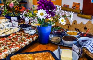 Vegetarisches Frühstücksbüffet auf Korfu