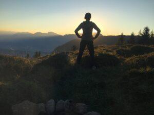 Am Berg lässt sich ein herrlicher Sonnenuntergang genießen